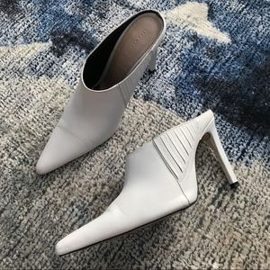 Zara White Pointed Toe Mules 🖤